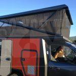 KoMa Cruiser Hundertsassa mit dem Hubdach mit Panorama-Ausblick